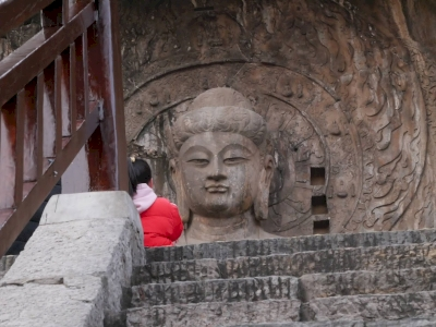 Longmen Grottoes by Nan
