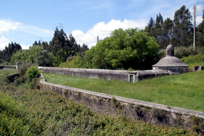 Aguas Livres Aqueduct (T) by Hubert