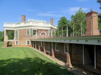 Thomas Jefferson Buildings (T) by Kyle Magnuson