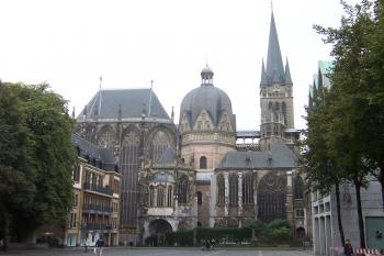 Aachen Cathedral by Ian Cade