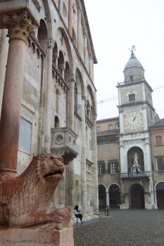 Modena by Ian Cade