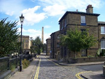 Saltaire by Ian Cade
