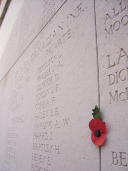 Sites funéraires et mémoriels de la Première Guerre mondiale (Front Ouest) (T) by Ian Cade