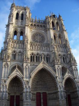 Amiens Cathedral by Ian Cade